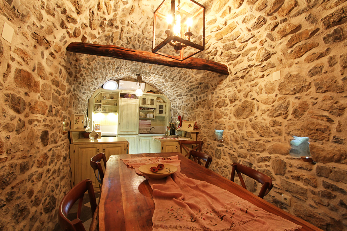 Ergani Studios - Kitchen